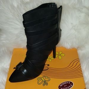 Black Stlying Booties
